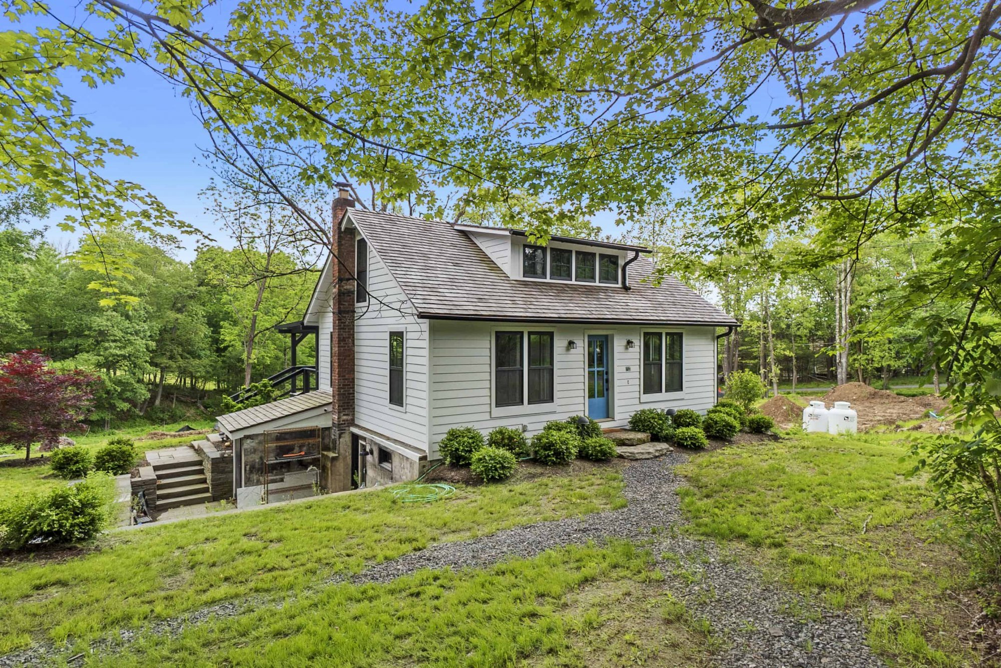 Metropolitan Style In A Country Cottage Package | Upstate NY Real Estate photo