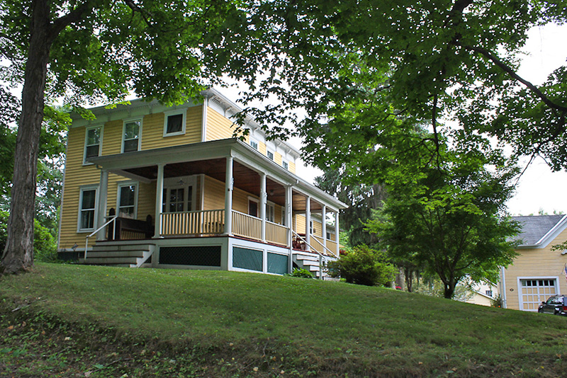 athens ny real estate homes for sale village green rh villagegreenrealty com