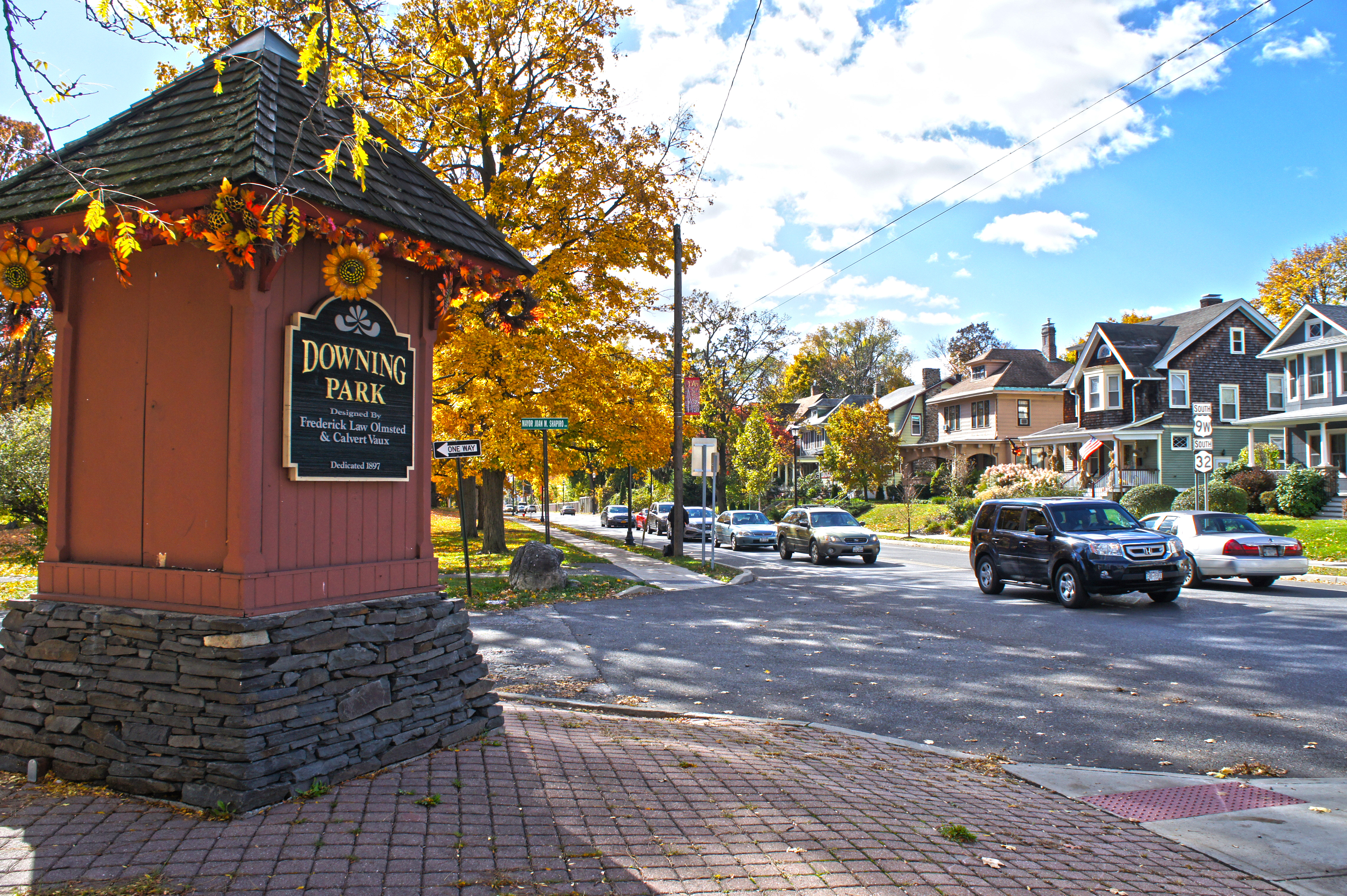 Newburgh ny real estate homes for sale village green for Tiny house for sale hudson valley